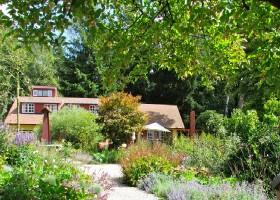 Special Villas Buitenplaets de Heide tuin in bloei Buitenplaets De Heide 40plusteens