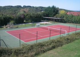 Domaine de Montsalvy tennisbaan.JPG Domaine de Montsalvy 40plusteens