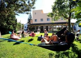 Nexo Surfhouse in Andalusie, Spanje relaxen NEXO Surfhouse 40plusteens