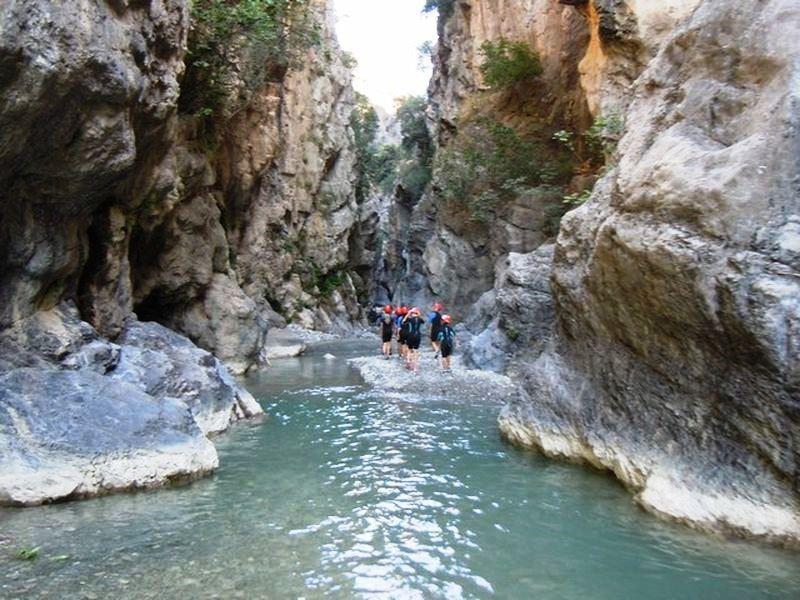 Enotria Travel canyoning.jpg