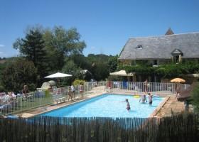Domaine de Montsalvy zwembad.jpg Domaine de Montsalvy 40plusteens