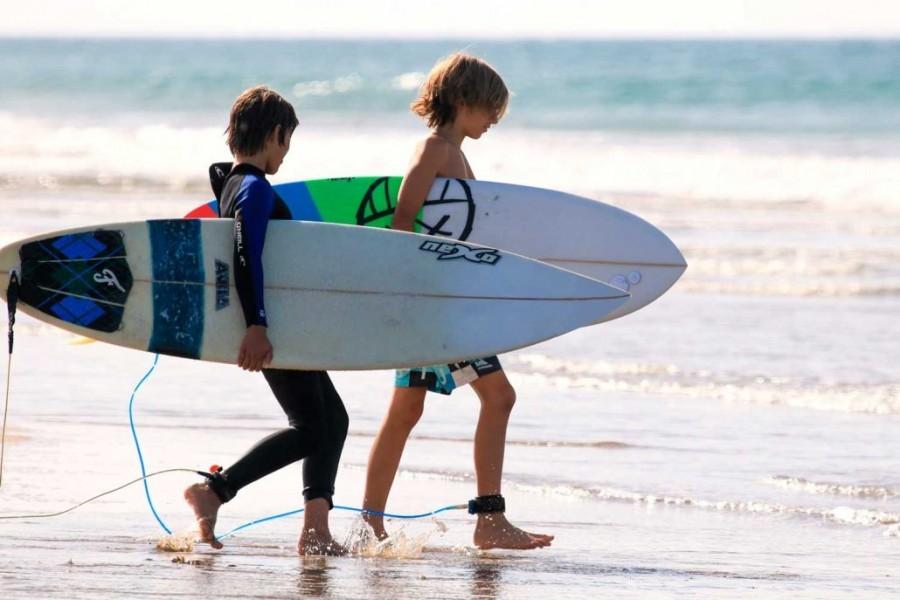 Nexo Surfhouse in Andalusie, Spanje All-In-Junior NEXO Surfhouse 40plusteens image gallery