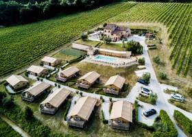Villa Alwin in Le Marche, Italie overview Villa Alwin 40plusteens