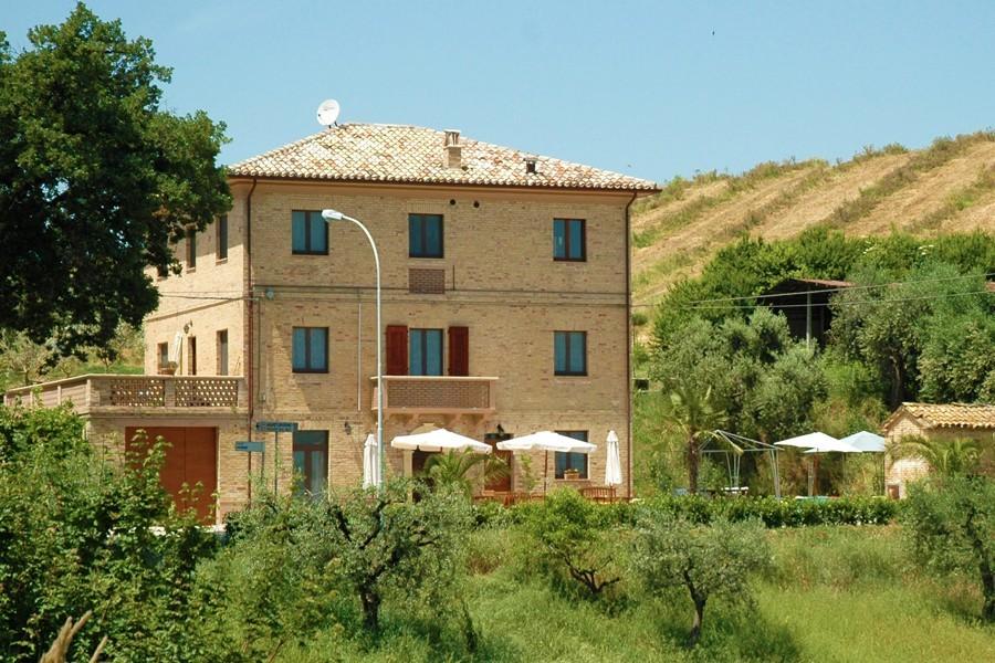 Villa Bussola in Le Marche, Italie het huis Villa Bussola 40plusteens image gallery