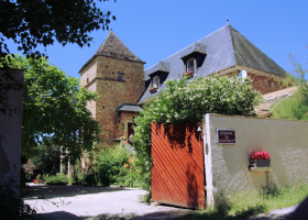Domaine de Montsalvy entree klein.png Domaine de Montsalvy 40plusteens