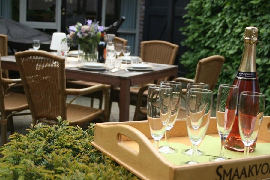 Erfgoedlogies d'Ouffenhoff groepsaccommodatie buiten Champagne.jpg Erfgoedlogies d'Ouffenhoff 40plusteens image gallery