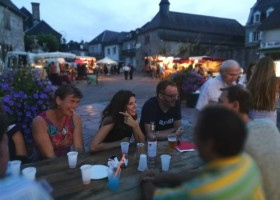Les Renardieres in de Limousin, Frankrijk gezelligheid in dorp Les Renardières 40plusteens