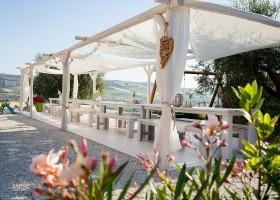 Villa Alwin in Le Marche, Italie lange tafels Villa Alwin 40plusteens
