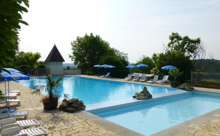 Greencamp Bleu-Soleil-met-een-mooi-zwembad.jpg Greencamp 40plusteens image gallery