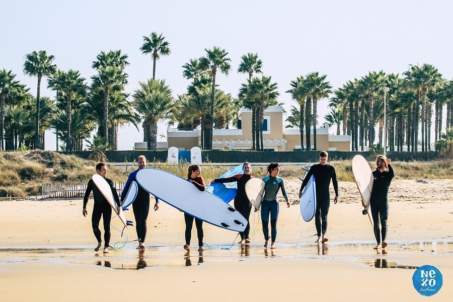 Nexo Surfhouse in Andalusie, Spanje surfen NEXO Surfhouse 40plusteens image gallery