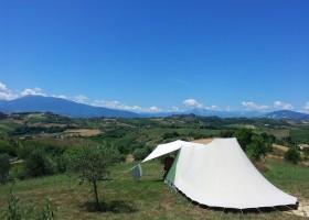 Villa Bussola in Le Marche, Italie kamperen met uitzicht Villa Bussola 40plusteens
