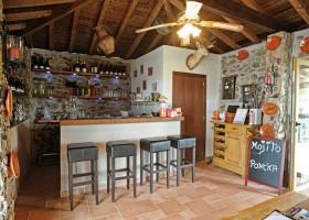 Casa Fontelheira bar klein.jpg Casa Fontelheira 40plusteens