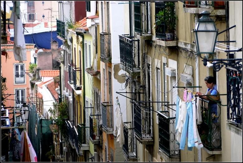 Las Perlas portugal-lissabon.jpg Las Perlas 40plusteens image gallery