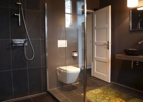 Villa Lafage in de Dordogne, Frankrijk Countryhouse badkamer Villa Lafage 40plusteens
