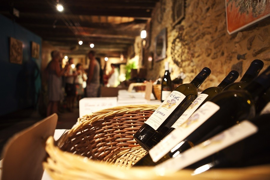 La Vallee Verte wijn.jpg Camping La Vallée Verte 40plusteens image gallery