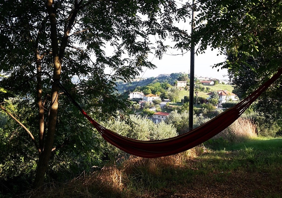 Villa Bussola in Le Marche, Italie relaxen in hangmat Villa Bussola 40plusteens image gallery