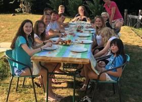 Les Renardiers in de Correze, Frankrijk kindereten 2020 Les Renardières 40plusteens