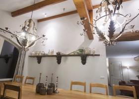 Erfgoedlogies d'Ouffenhoff mooi plafond.jpg Erfgoedlogies d'Ouffenhoff 40plusteens