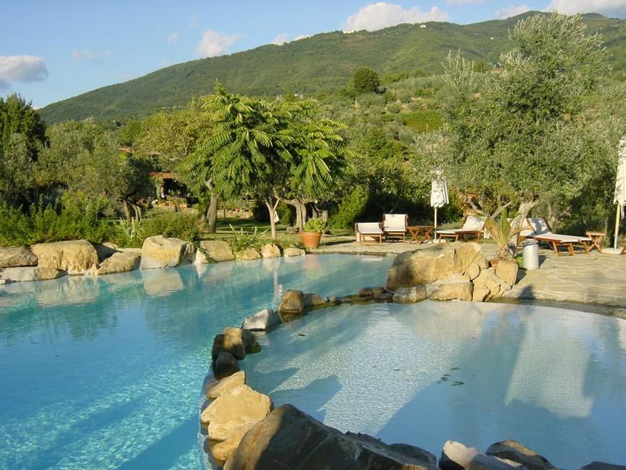 Tritt Fattoria Donnoni zwembad.jpg Tritt Case in Toscana 40plusteens image gallery